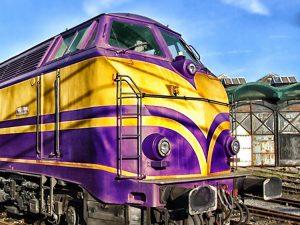 Der violette Express rollt wieder an.